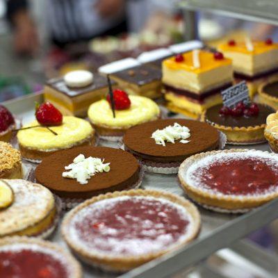 Cakes & Slices